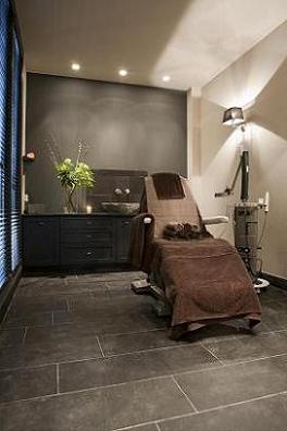 Blush beauty skin clinic is inmiddels een vertrouwd for Interieur stylist amsterdam